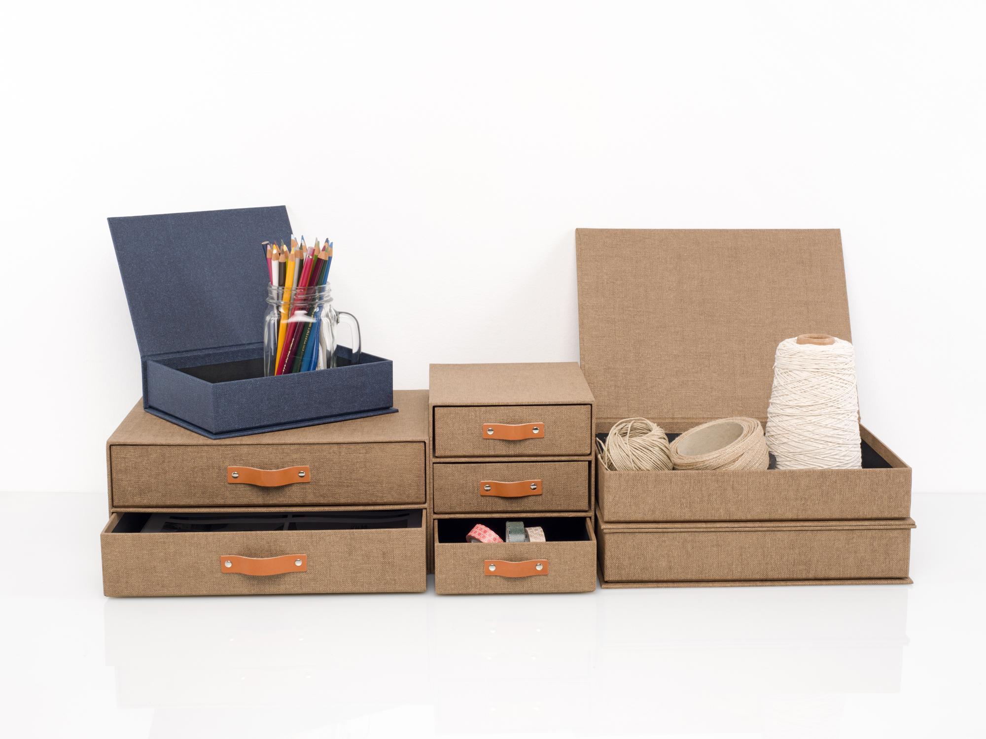 caja-desk-toile