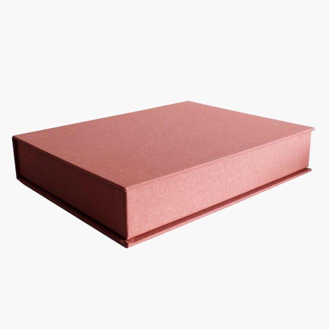 caja-estimulacion-para-bebes-rosa-vintage