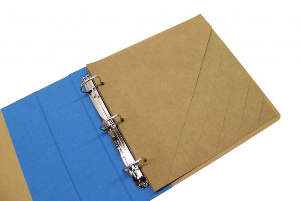 carpesano-kraft-pequeno-lomo-de-tela-azul-detalle