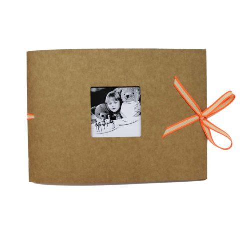 kraft-album-troquelado-window-pequeno-naranja