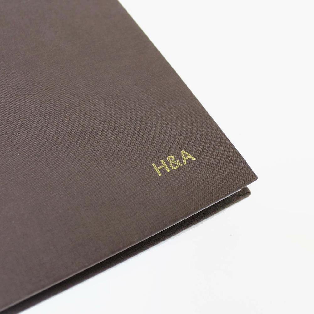 libro-blanco-a4-personalizado-detalle