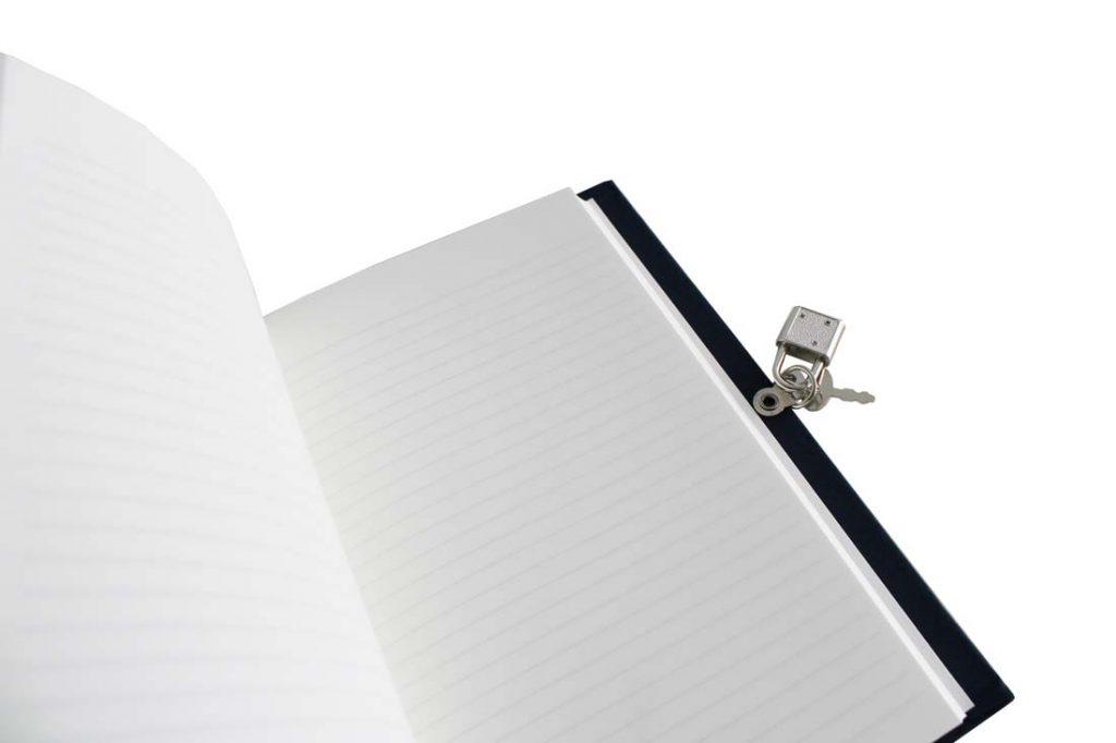 Diarios personales con candado interior