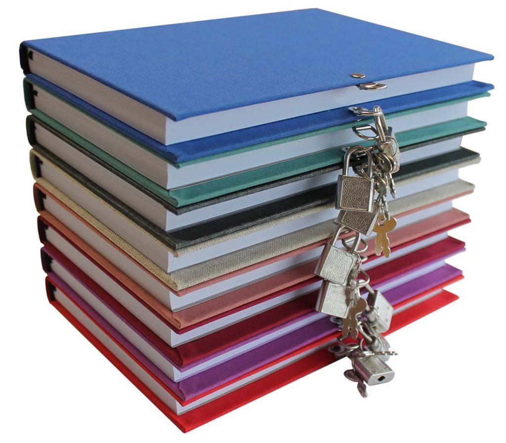 Diarios personales con candado forrados en tela